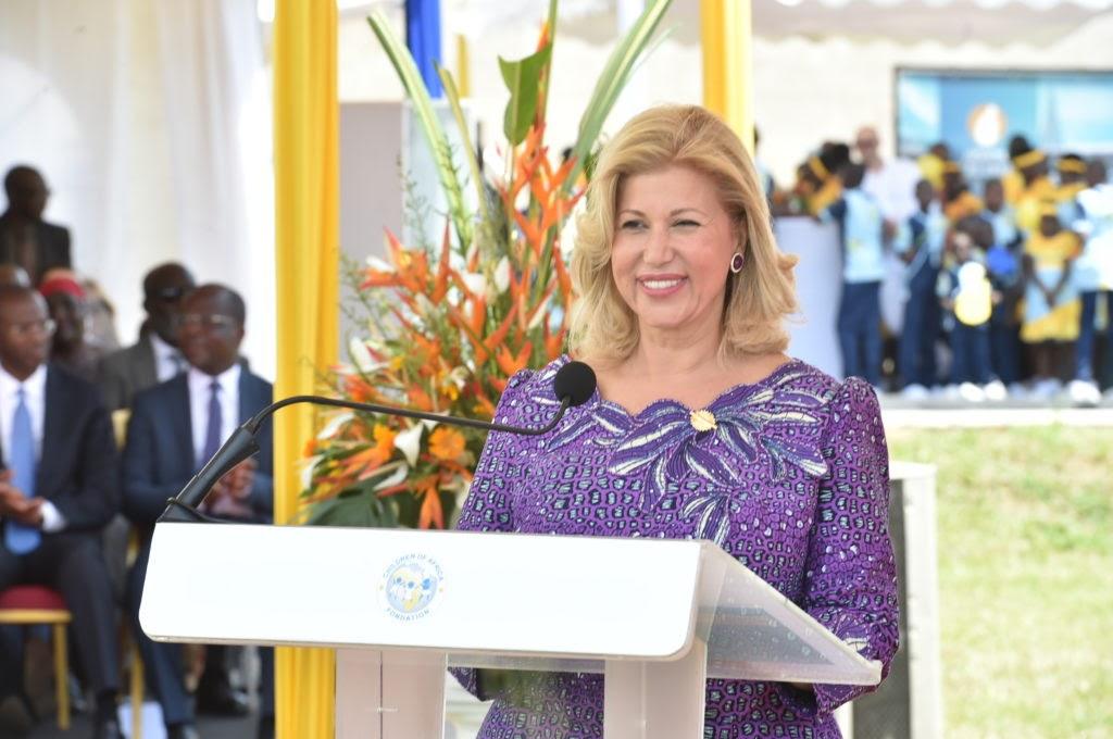 Dominique Ouattara, première dame fondatrice de l'Accueil de l'hôpital mère enfant Dominique Ouattara