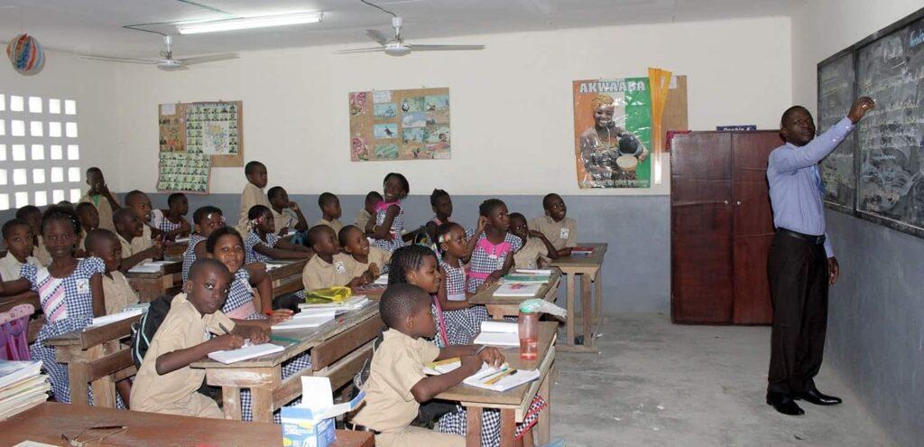 Les élèves en primaire de l'institut de formation Azing Ivoir