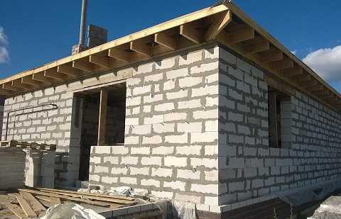 Maison en construction yrissa