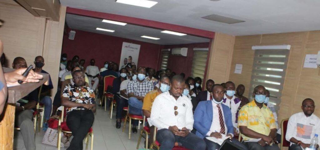 Participants à une formation organisée par RH Mag