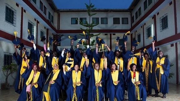 Remise de diplôme IUGB